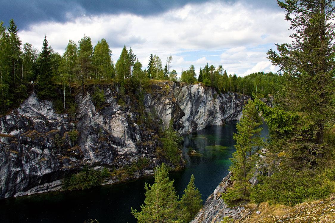 Olonets miracle. Kivach waterfall